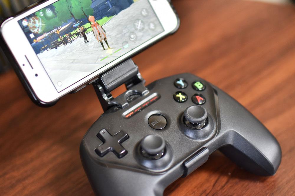 iPhone版原神もデビューしました!持っているSteelSeries Nimbusでバッチリ動きました!